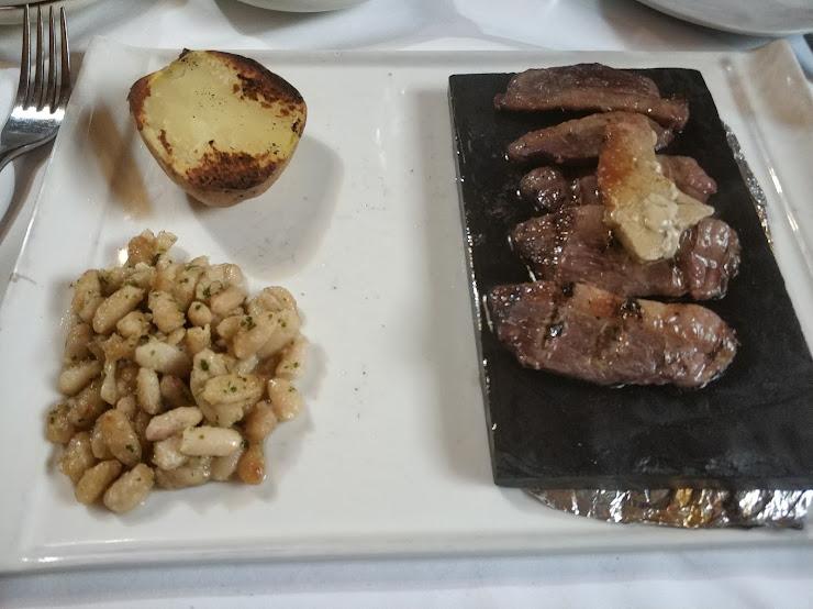 Restaurant El Molí de Cal Tof Avinguda de Sta. Oliva, 2, 43715 El Vendrell, Tarragona