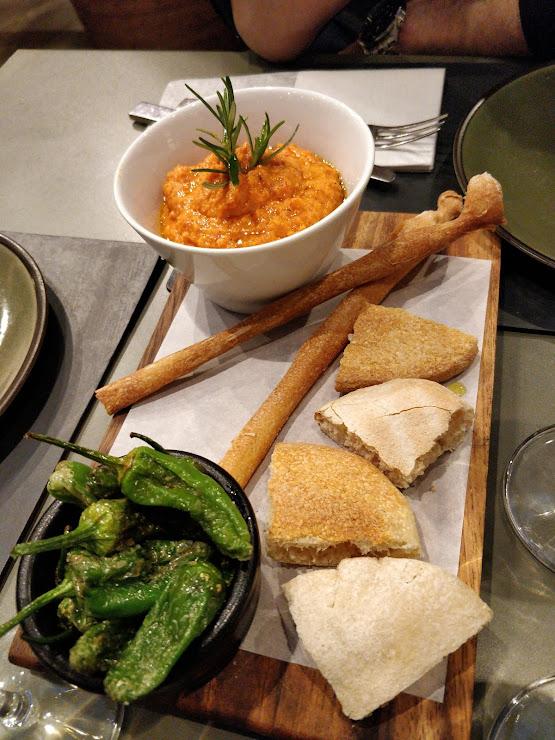 Restaurante Mordisco Passatge de la Concepció, 10, 08008 Barcelona
