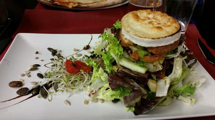 Restaurante Oasis Carrer de Coll i Pujol, 200, 08917 Badalona, Barcelona