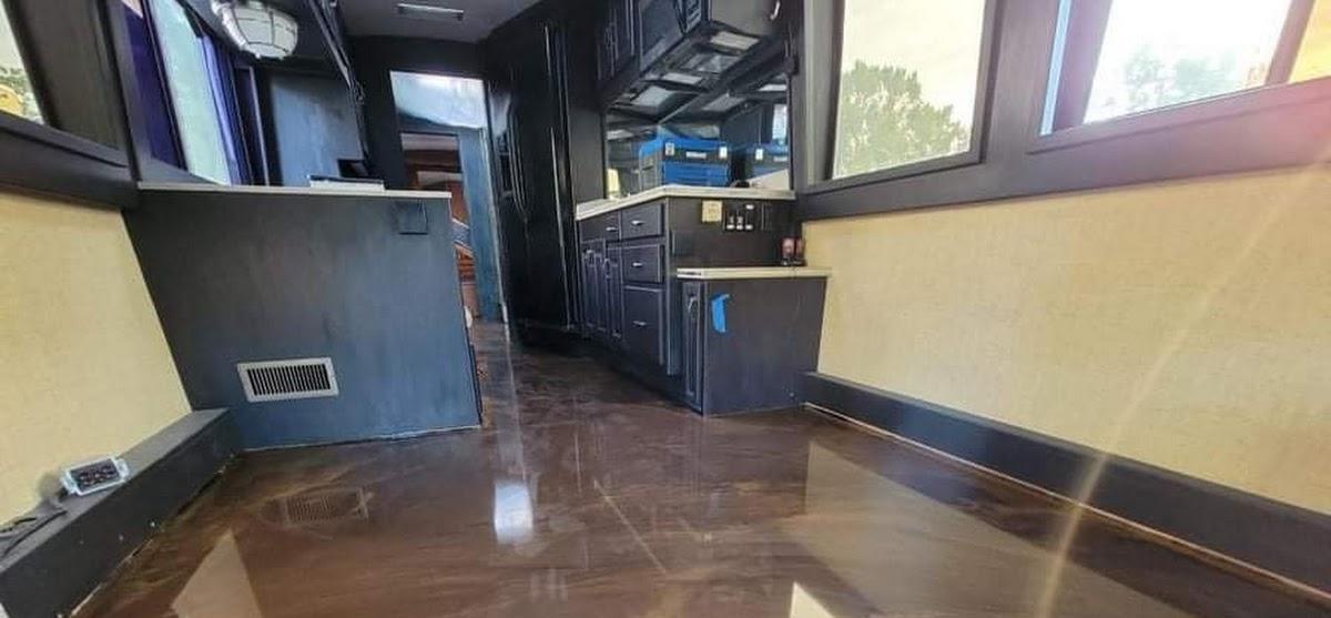 epoxy floor installed by DreamCrete of Orlando