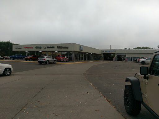 Car Dealer «Midway Chrysler Dodge Jeep Ram», reviews and photos, 219 2nd Ave E, Kearney, NE 68847, USA