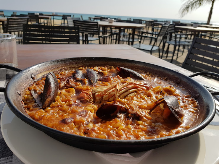 Sotavent Restaurant Platja Passeig dels Anglesos, 24, 08393 Caldes d'Estrac, Barcelona