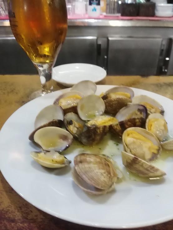 Manolín Restaurante Carrer de Miquel Vives, 99, 08222 Terrassa, Barcelona