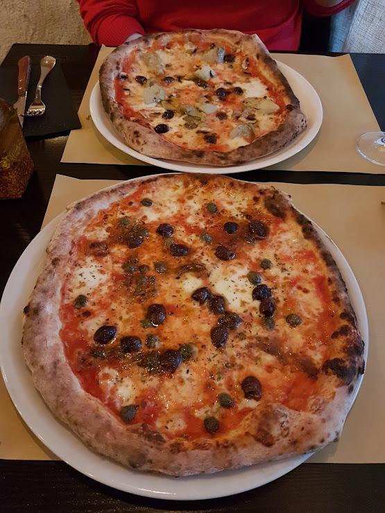 Pizzeria La Rústika Carrer Torras i Bages, 26, 08980 Sant Feliu de Llobregat, Barcelona