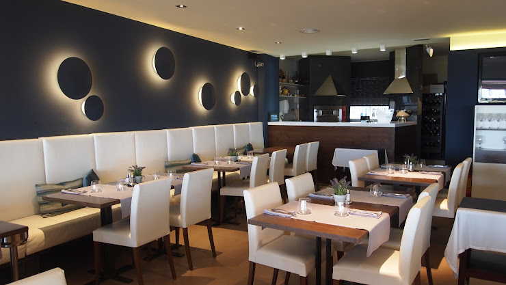 Restaurant Montserrat Passeig Marítim, 33, 17258 L'Estartit, Girona