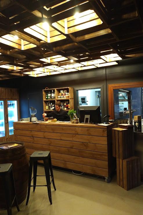 Gastro Wine Bar Riera de Vallromanes, s/n, 08188, Barcelona