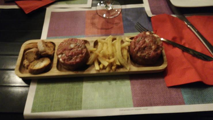 Restaurant el Floc Avinguda Pau Casals, 25, 17490 Llançà, Girona