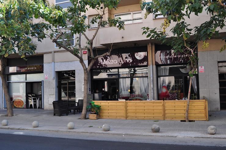 La Mezza Luna Carrer de Foment, 2, 08402 Granollers, Barcelona