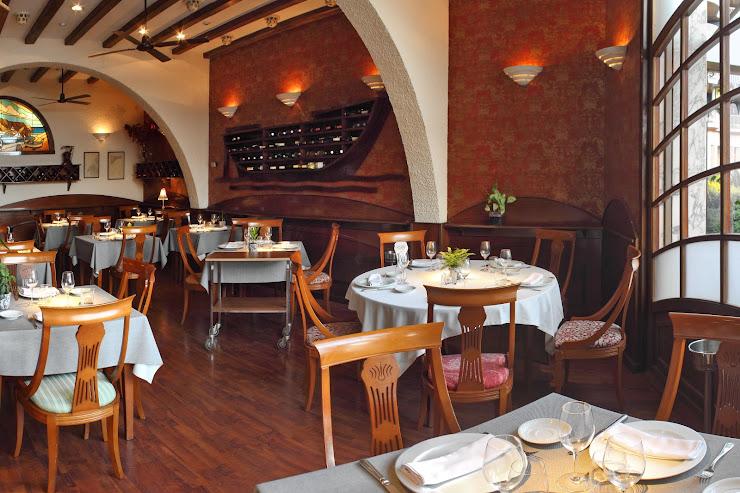 Síbaris Taverna Gastronòmica Carrer Esplanada del Port, 11, 17300 Blanes, Girona