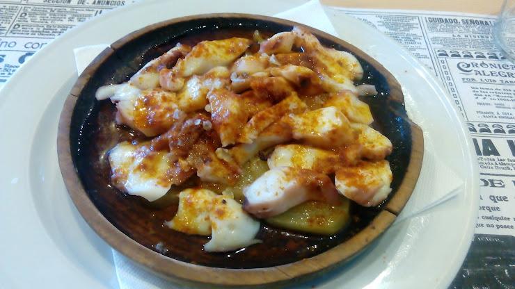 Restaurant -pizzeria del Reg Plaça del Reg, 17520 Puigcerdà, Girona