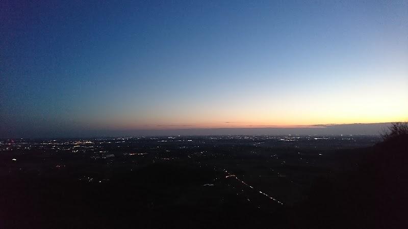 ハングライダージャンプ台