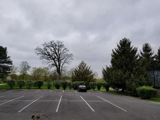 Golf Club «Indian Hill Club», reviews and photos, 1 N Indian Hill Rd, Winnetka, IL 60093, USA