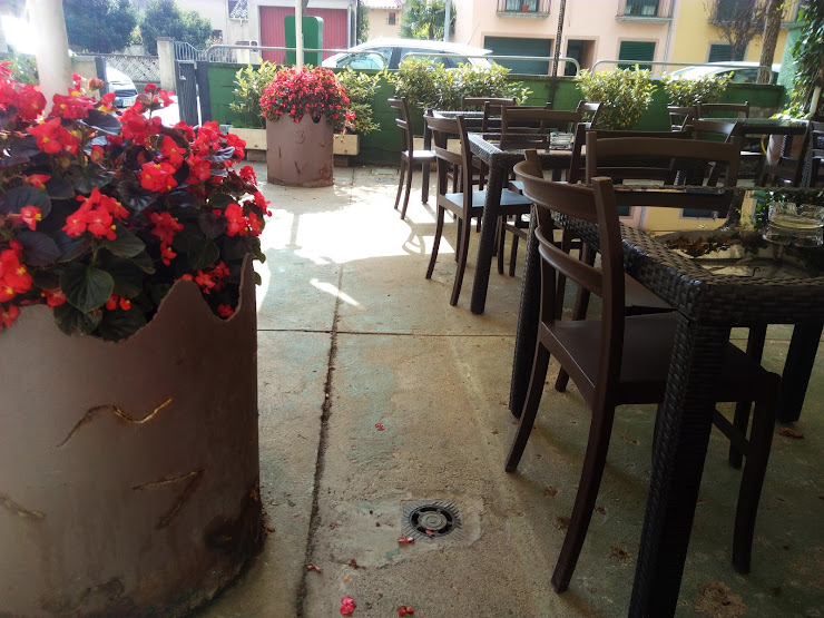 Bar Restaurant El Cafe Ctra. d'Olot, 32, 17853 Argelaguer, Girona