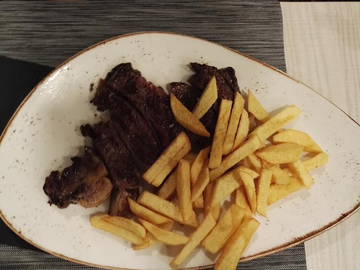 Restaurant Cal Xirricló Carrer del Dr. Fleming, 53, 25600 Balaguer, Lleida