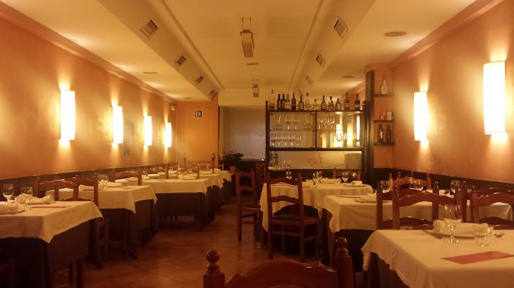 Restaurante Can Feu Carrer del Pintor Borrassà, 43, 08205 Sabadell, Barcelona