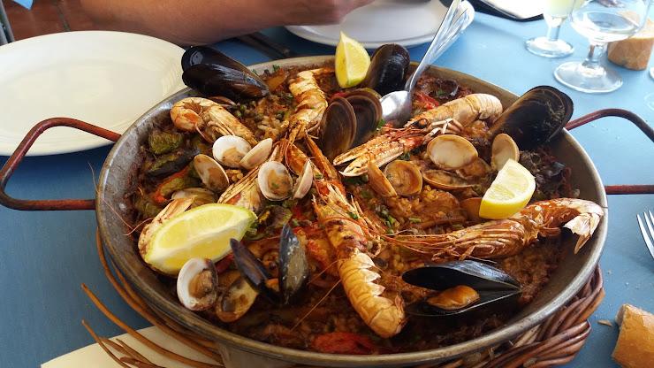 Restaurante Kiku Passeig Pau Casals, 42, 17300 Blanes, Girona