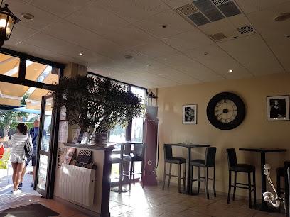 photo du restaurant Côté Parc