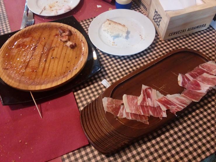 La Taverna d'en Sidoro Carrer Pirineu, 20, 08503 Gurb, Barcelona