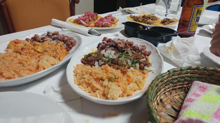 La cocina de Graciela Passatge del Xiprer, 5, 08903 L'Hospitalet de Llobregat, Barcelona