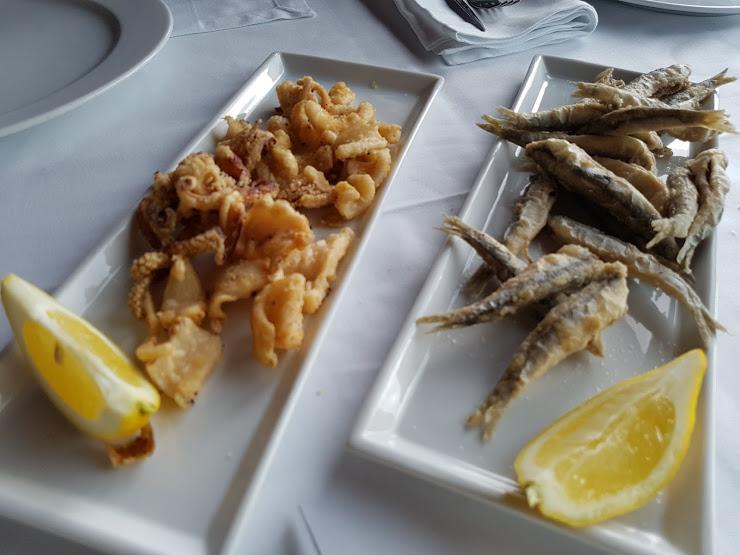 Vintage Restaurant & Lounge Plaça de la Catifa, 2, 17230 Palamós, Girona