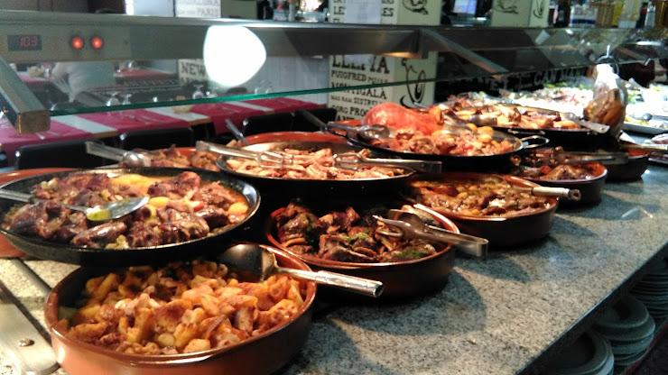 Restaurante Buffet Libre Can Manel Carrer de Sant Bartomeu, 11, 08913 Badalona, Barcelona