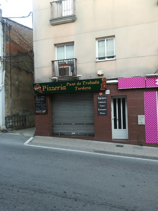 Pizzeria Punt de Trobada Carrer Camí Ral, 28, 08490 Tordera, Barcelona