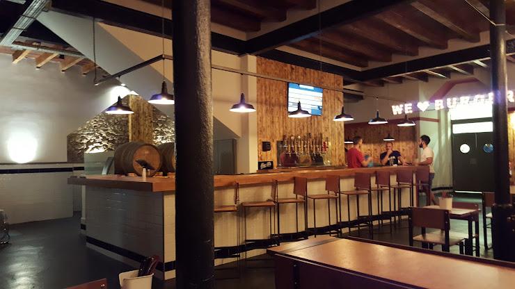 Big Al's American Kitchen Carrer de Francesc Gumà, 21, 08870 Sitges, Barcelona