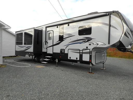 RV Dealer Autoplex 2000 Ltee in Tracadie-Sheila (NB) | AutoDir