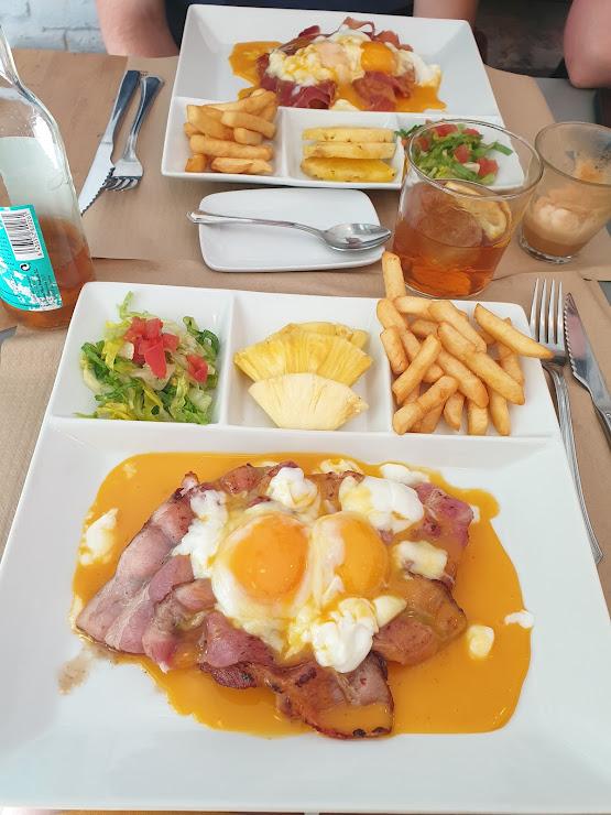 Camellia Cafe Carrer de Neptú, 36, 08006 Barcelona