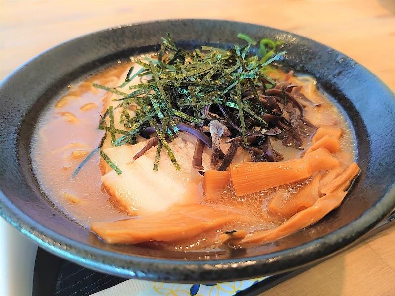 極旨醤油拉麺 庄蔵(いなかぐら)