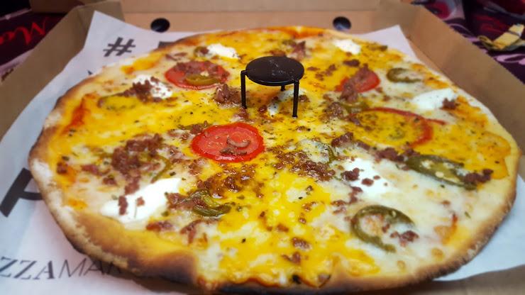 Pizza Market Esplugues Carrer de Laureà Miró, 202, 08950 Esplugues de Llobrega, Barcelona