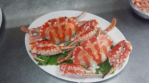 布袋品鱻海產A8-(推薦漁港人氣必吃)新鮮海鮮美食料理