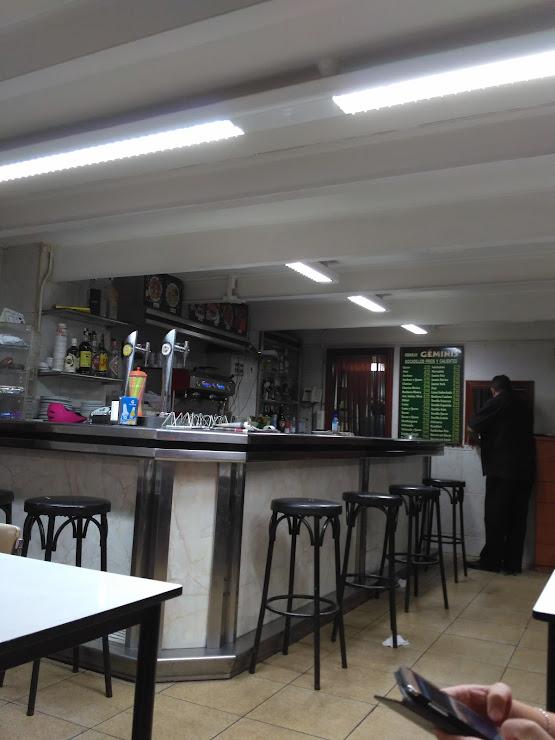 Bar Géminis Carrer de Sardenya, 173, 08013 Barcelona