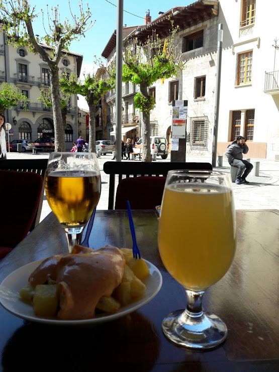 Taverna El Caliu Plaça de la Vila, 4, 17867 Camprodon, Girona