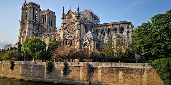 Les Degrés de Notre Dame