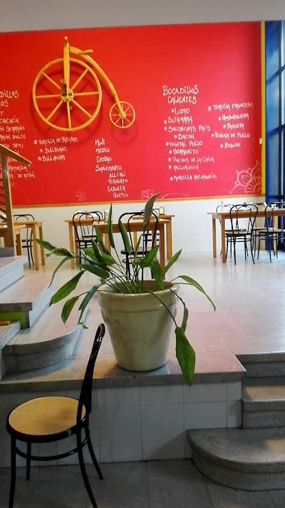 Restaurant El Triangle Carrer Ramon Ciurans, 1, 08530 La Garriga, Barcelona