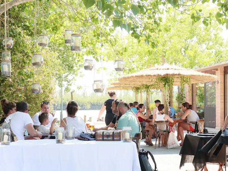 Restaurant L' Embarcador XXI Carretera Far de Buda s/n, 43580 Deltebre, Tarragona