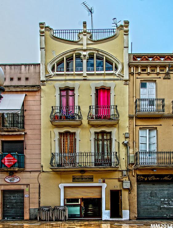 El Nou Racó Plaça de les Cols, 12, 08800 Vilanova i la Geltrú, Barcelona