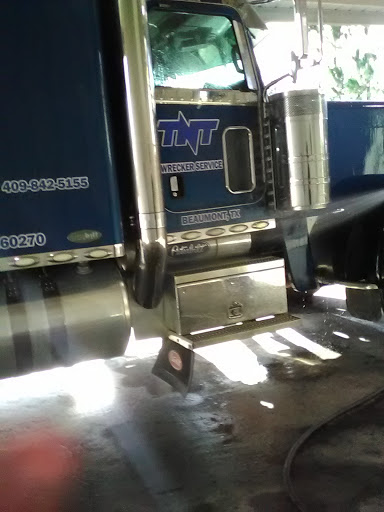 Towing Service «TNT Wrecker Service», reviews and photos