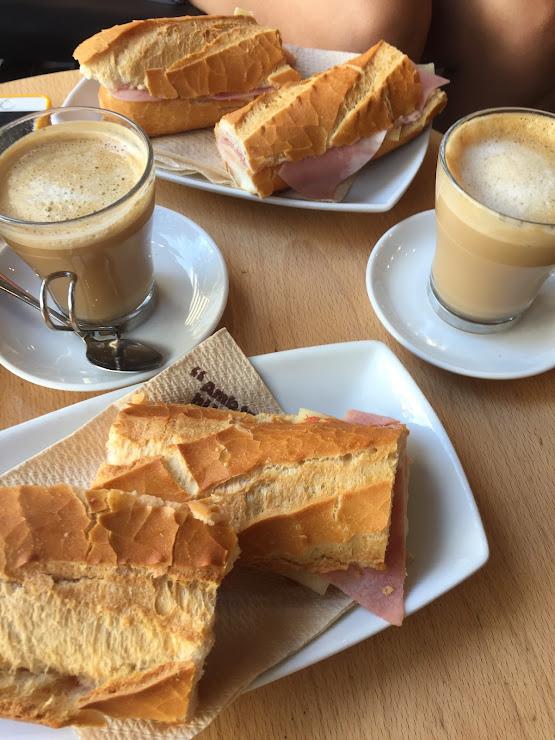 Cafetería 365 Carrer de Còrsega, 354, 08037 Barcelona