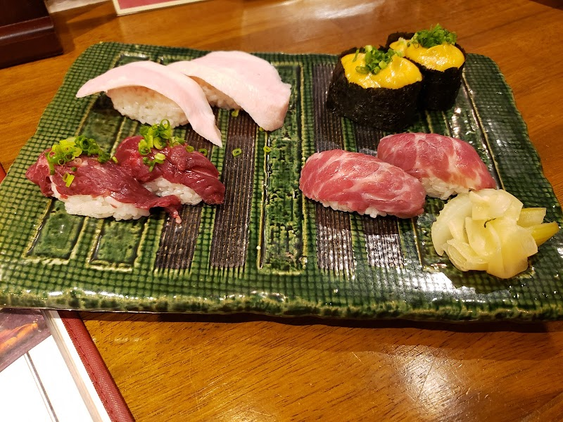 天神今泉 肉寿司