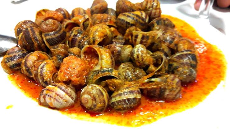 Restaurant Vall-llobrega Carrer Raval de Mar, 8, 17253 Vall-llobrega, Girona