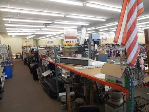 Thrift America Omaha, 1901 N 73rd St, Omaha, NE 68114, Thrift Store
