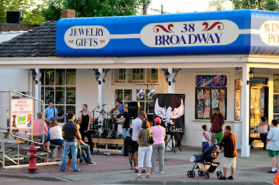experience-wisdells-things-to-do-38-broadway