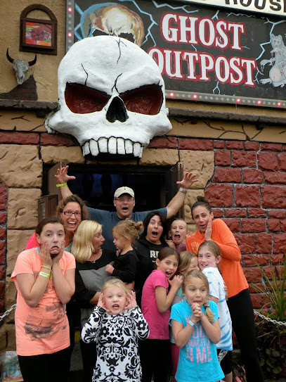 experience-wisdells-things-to-do-ghost-outpost-haunted-house