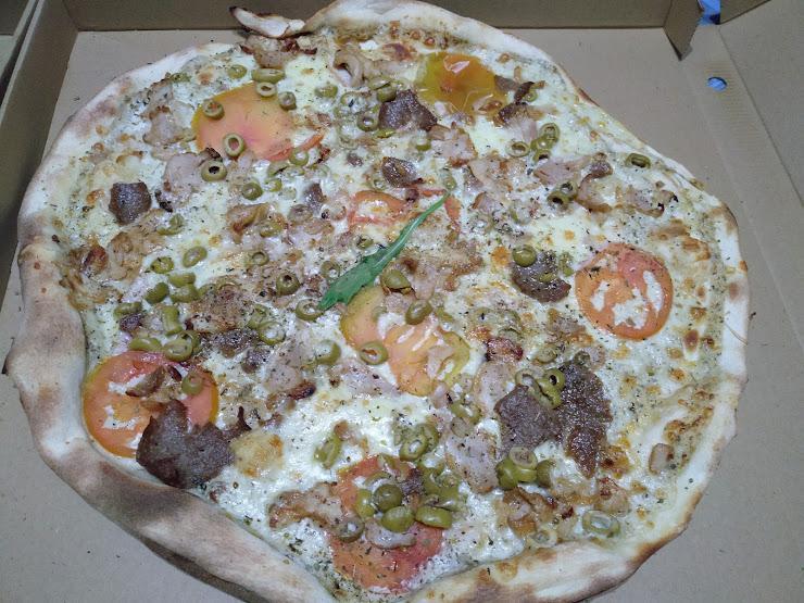 PizzOria Gran Via de Lluís Companys, 68, 08330 Premià de Mar, Barcelona
