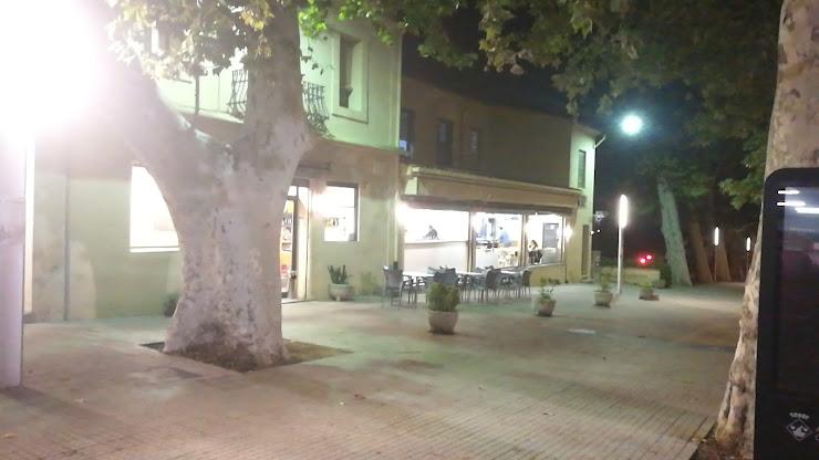 Bar de l'estació Av. Dr. Furest, 56, 17455 Caldes de Malavella, Girona