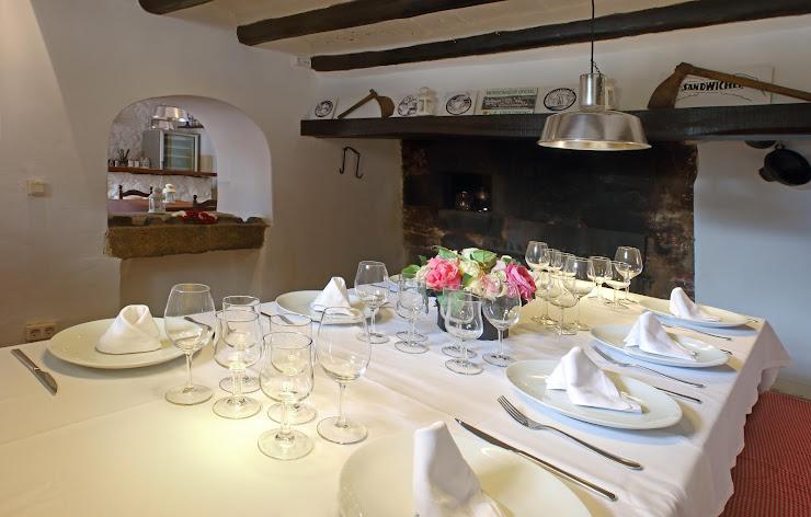 Restaurant la Masía de Santa Cristina Carrer Teulera, 132, 17246 Santa Cristina d'Aro, Girona