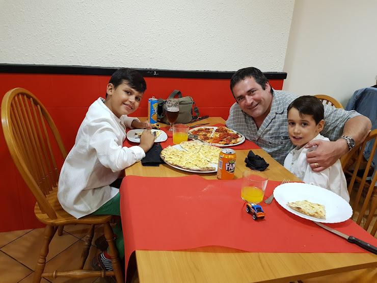 Pizzeria La Lluna Carretera del Montseny, 53, 08461 Sant Esteve de Palautordera, Barcelona