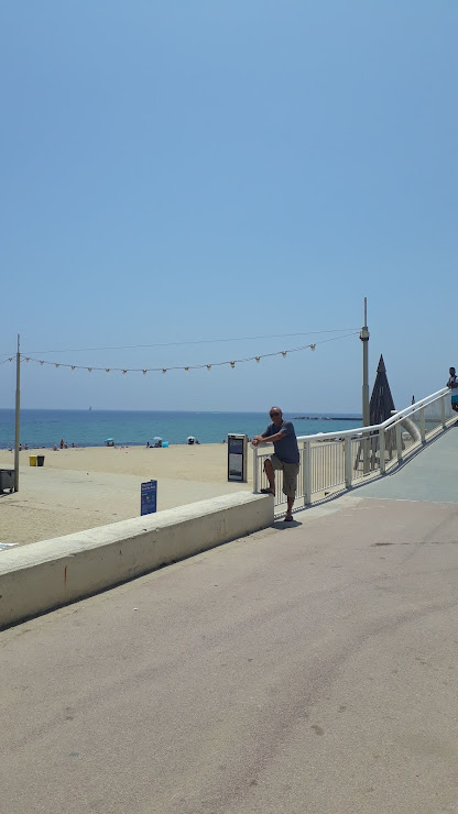 Xiringuito Buda Beach Playa Marbella, s/n, 08038 Barcelona